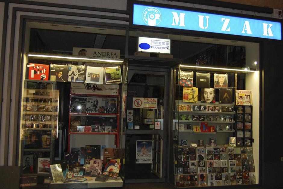 ad-muzak-dischi